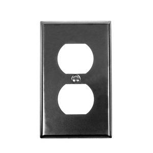 Acorn MFG Single Duplex Outlet Switchplate in Black
