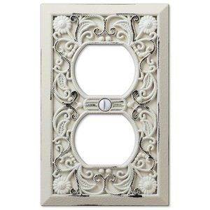 Amerelle Decorative Wallplates - Filigree - Single Duplex Wallplate in White