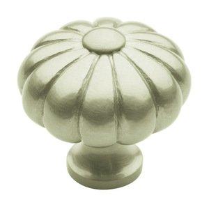 "Baldwin Hardware 1 3/16"" Diameter Melon Knob in Satin Nickel"