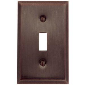 Baldwin Hardware Single Toggle Beveled Edge Switchplate in Venetian Bronze