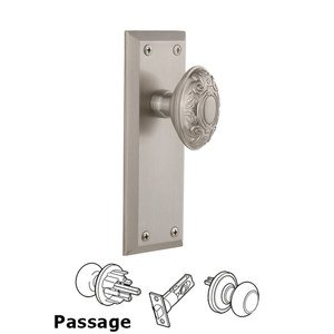 Grandeur Fifth Avenue Plate Passage with Grande Victorian Knob in Satin Nickel