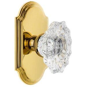 Grandeur Door Hardware Grandeur Arc Plate Passage with Biarritz Crystal Knob in Polished Brass