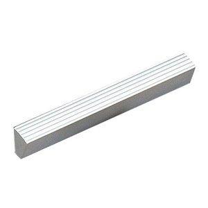 """Richelieu Hardware Aluminum 3 3/4"""" Centers Contempo Ridged Handle in Aluminum"""