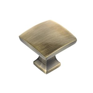"Richelieu Hardware 1 5/16"" Square Knob In Antique English"