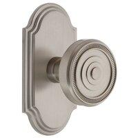 Grandeur Door Hardware - Arc - Grandeur Arc Plate Privacy with Soleil Knob in Satin Nickel