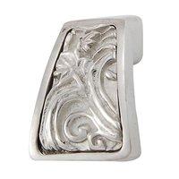 Vicenza Hardware - Liscio - Leaves Finger Pull in Satin Nickel