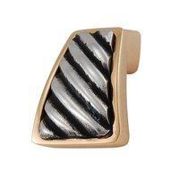 Vicenza Hardware - Sanzio - Wavy Lines Finger Pull in Satin Nickel